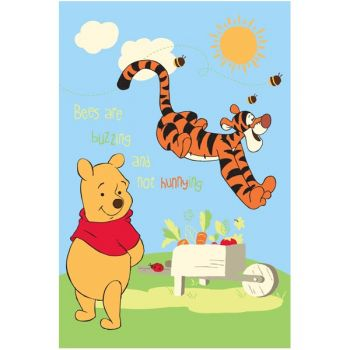 Covor copii Pooh si Tiger model 416 140x200 cm Disney